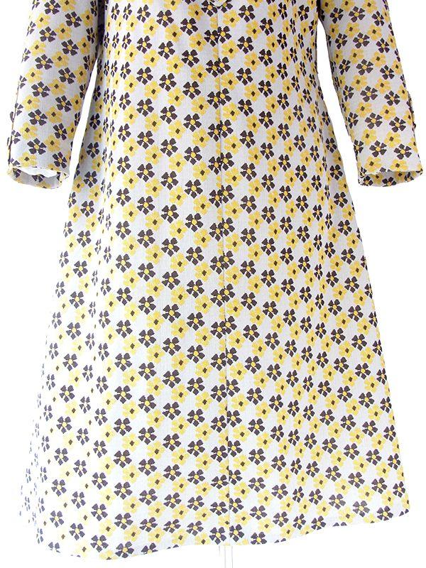 ヨーロッパ古着 フランス買い付け 70年代製 ライトグレイ X イエロー・ブラウン 花柄 Aライン ワンピース 20FC601