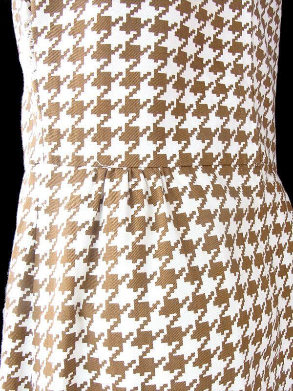 ヨーロッパ古着 ロンドン買い付け 70年代製 アイボリー X ブラウン 千鳥格子 レース ポケット付き ワンピース 21BS203