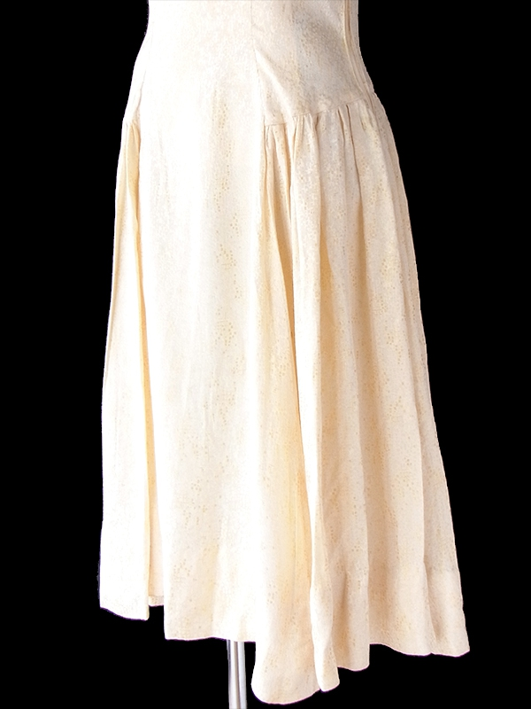 ヨーロッパ古着 ロンドン買い付け 70年代製 光沢のあるアイボリー X ゴールド モザイク柄 ヴィンテージ ドレス 21BS216