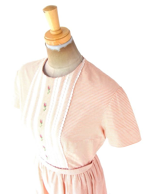ヨーロッパ古着 フランス買い付け 60年代製 オレンジ X ホワイト ボーダー 花柄刺繍・レーステープ 共布ベルト付き ワンピース 21FC013