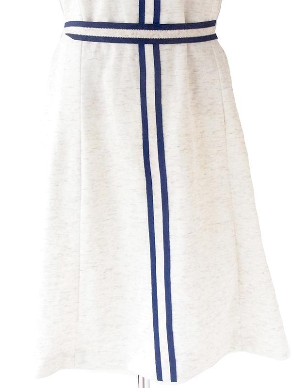 ロンドン買い付け 70年代製 オフホワイト X ブルー ライニング 共布ベルト付き ヴィンテージ ワンピース 21OM602