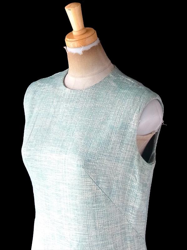 【送料無料】ロンドン買い付け 70年代製 水色 X ゴールド ラメ糸織り シームデザイン ヴィンテージ ドレス  21OM607【ヨーロッパ古着】