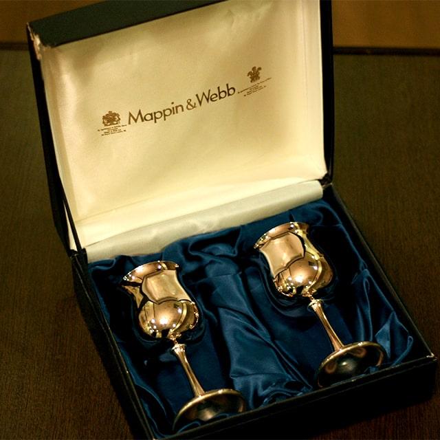 【中古】Mappin&Webb(マッピン&ウェッブ)シルバーワイングラス 2客セット 箱付き MW-236【アンティーク】【イギリス製】【シルバー】