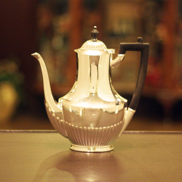 【スターリングシルバー】【中古】Tiffany(ティファニー)家庭用コーヒーポット tf-52【アンティーク】【アメリカ製】