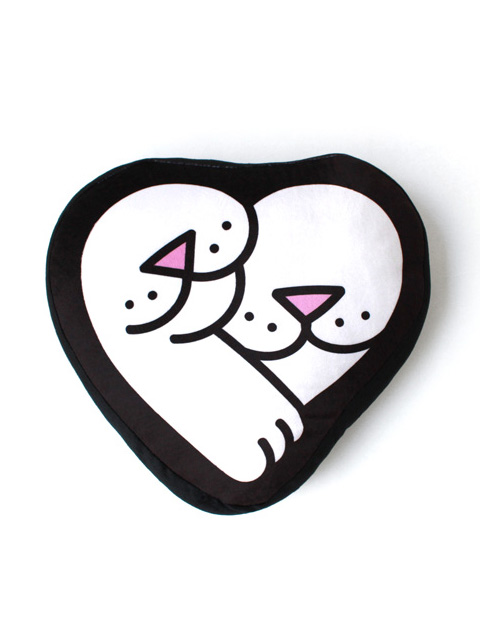 【50%OFF】RIPNDIP Love Nerm Plush Pillow