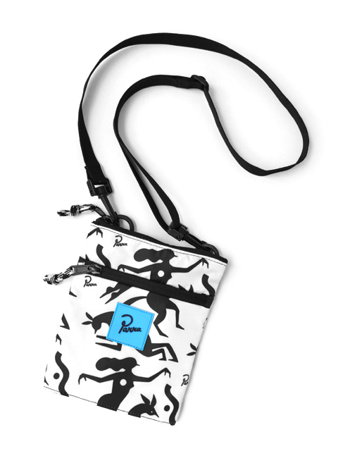 by Parra pouch workout woman horse