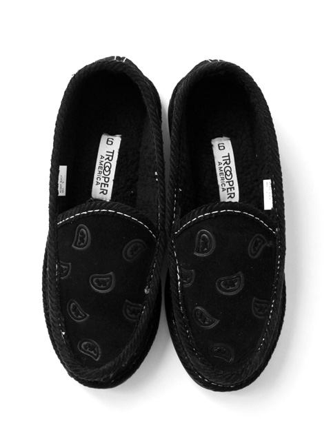 TROOPER AMERICA SLIP ON -FAUX FUR-
