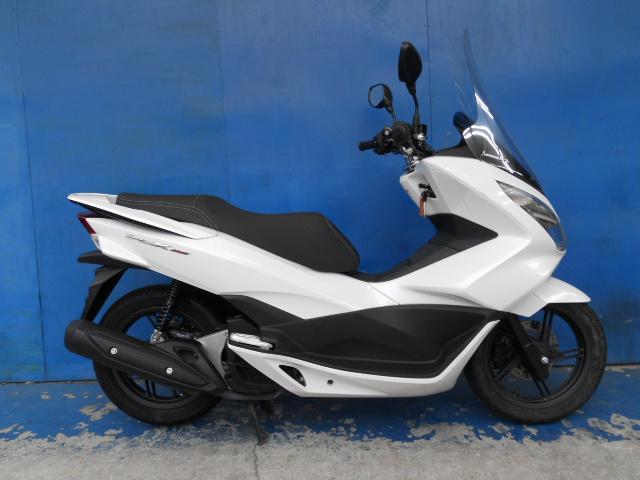 ホンダ PCX150(KF18) ホワイト 中古車