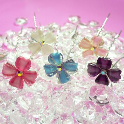 4弁花モチーフUピン