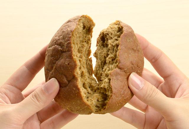 ドクター荒木の健康小麦ふすまパン【バンズパン】手で割る