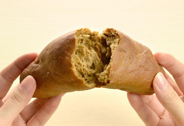 ドクター荒木の健康小麦ふすまパン【ロールパン(甘味)】手で割る