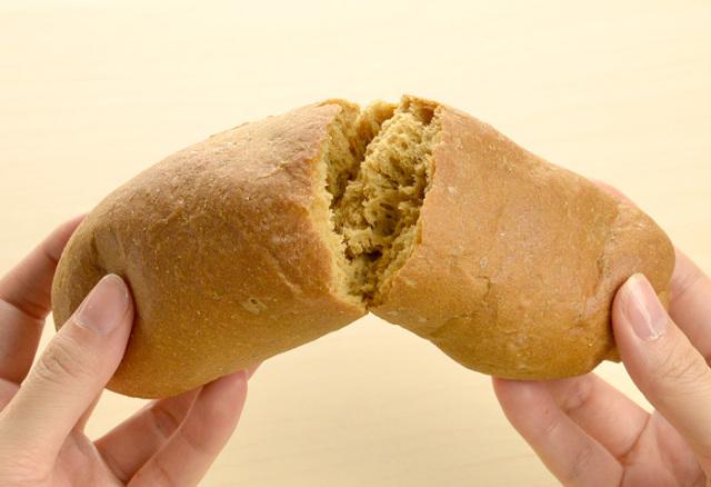 ドクター荒木の健康米ぬかパン【米ぬかロールパン】手で割る