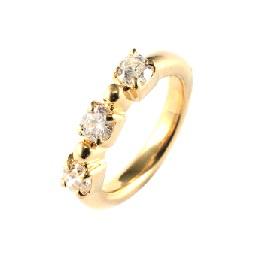 3石ダイヤモンド