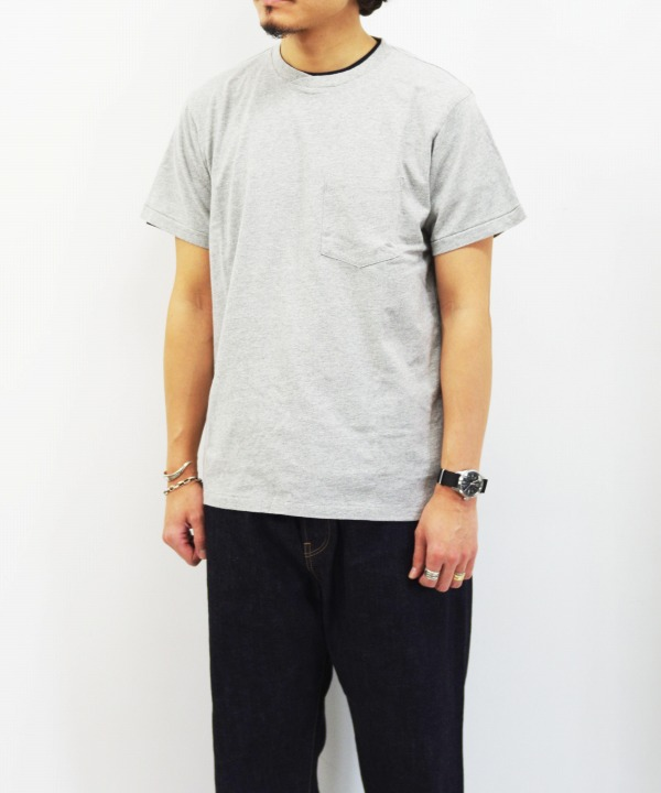 Engineered Garments Workaday/エンジニアド ガーメンツ ワーカデイ Crossover Neck Pocket Tee - Solid (全3色)