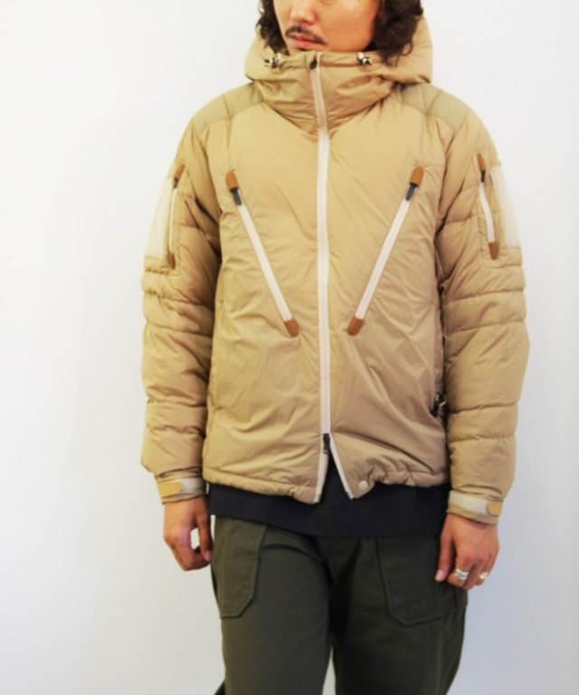 Manual Alphabet x NANGA/マニュアルアルファベット x ナンガ M/A PCU DOWN JACKET - BEIGE