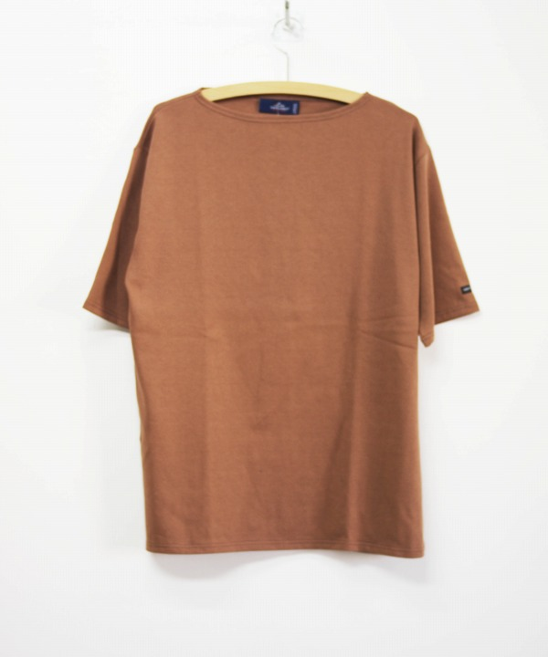 Saint James/セントジェームス OUESSANT LIGHT S/S - SOLID NOISETTE(ブラウン)