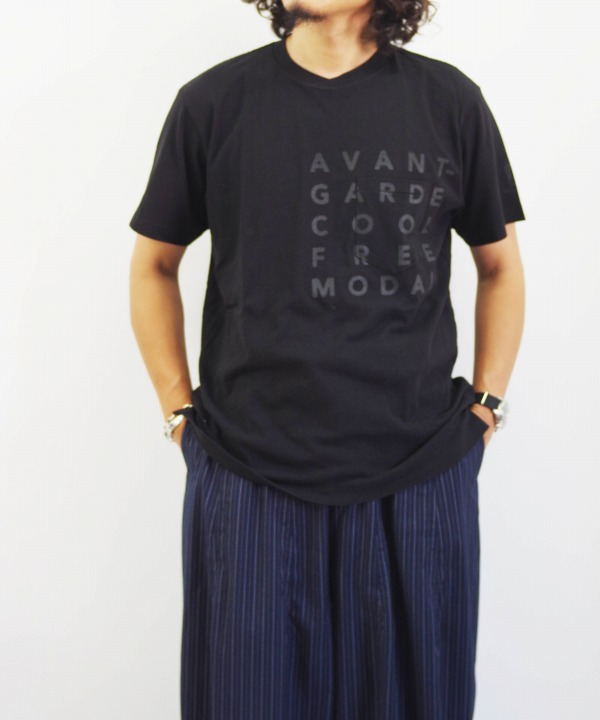 Engineered Garments/エンジニアド ガーメンツ Printed Cross Crew Neck T-shirt - Avannt (全2色)
