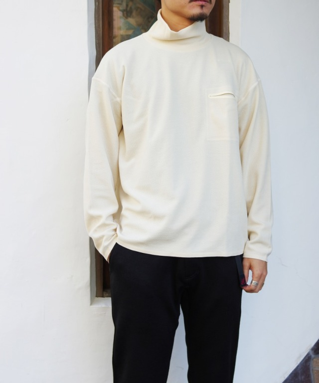 DESCENTE PAUSE/デサント ポーズ THERMAL TURTLE (全2色)