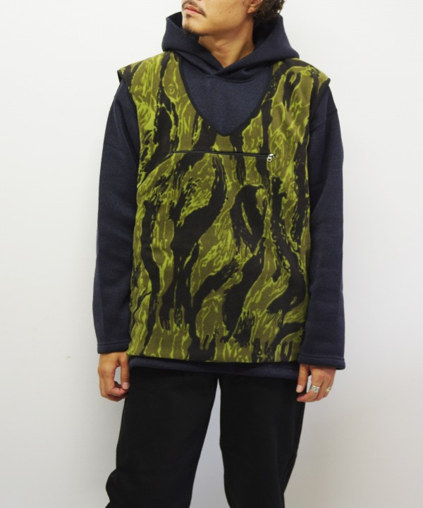 Needles Sportswear/ニードルズ スポーツウェア Warm-up Piping Vest - Poly Fleece / Tiger Camo Stripe