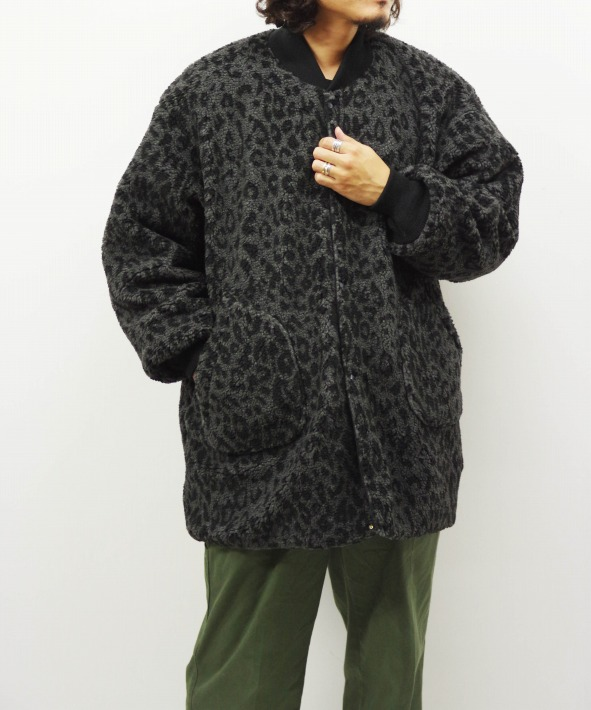 the conspires/コンスパイアーズ leo shearling coat revaersible