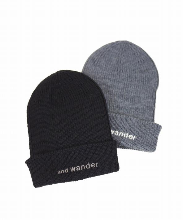and wander/アンドワンダー merino wool cap