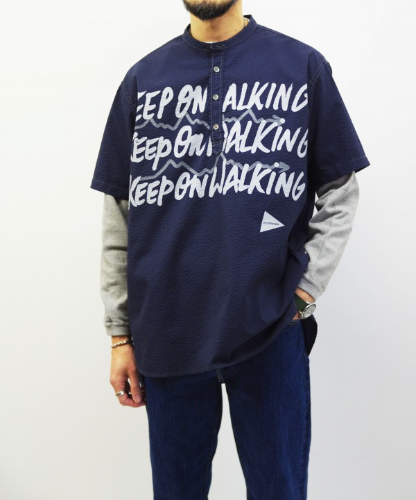 and wander/アンドワンダー typography printed pullover shirt