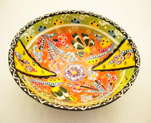 トルコ陶器のハンドメイド絵皿ボール グリーン&イエロー