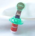 ブルックリン発のオシャレなキッチン雑貨屋さん【Whisk(ウィスク)】のZyliss ボトルストッパー(栓)グリーン