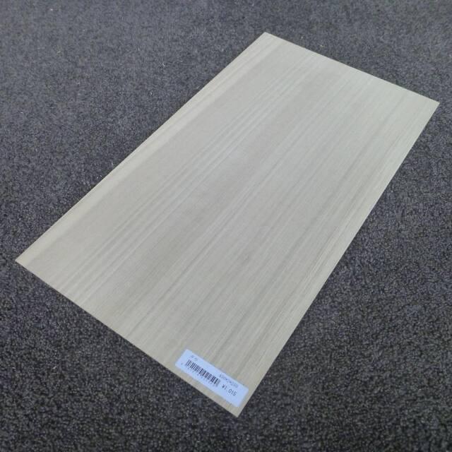 タモ 柾目 450×2×250
