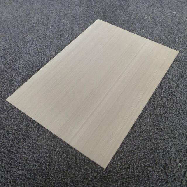 タモ 柾目 300×3×210