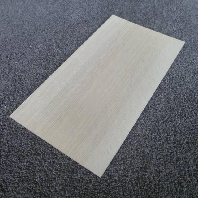 レッドオーク 柾目 300×3×160