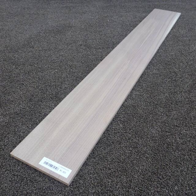 ウオールナット 柾目 1000×8×130