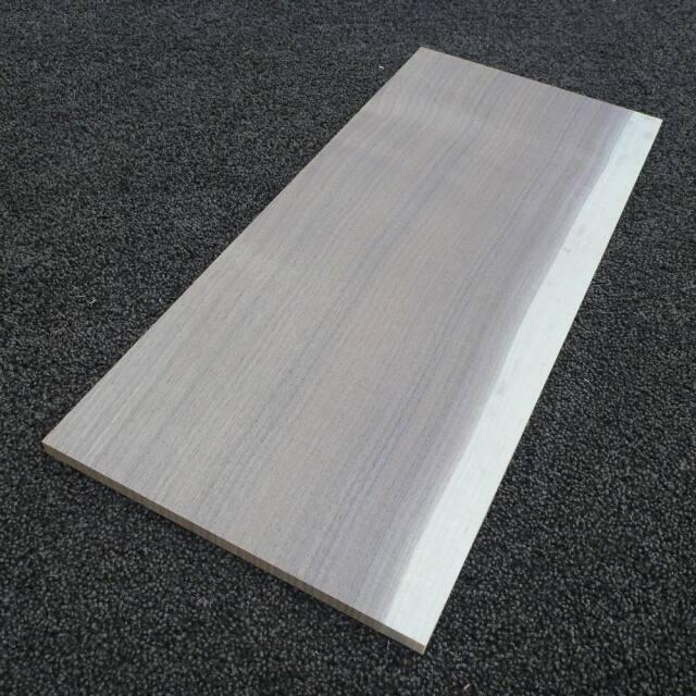 ウオールナット 柾目 450×10×200