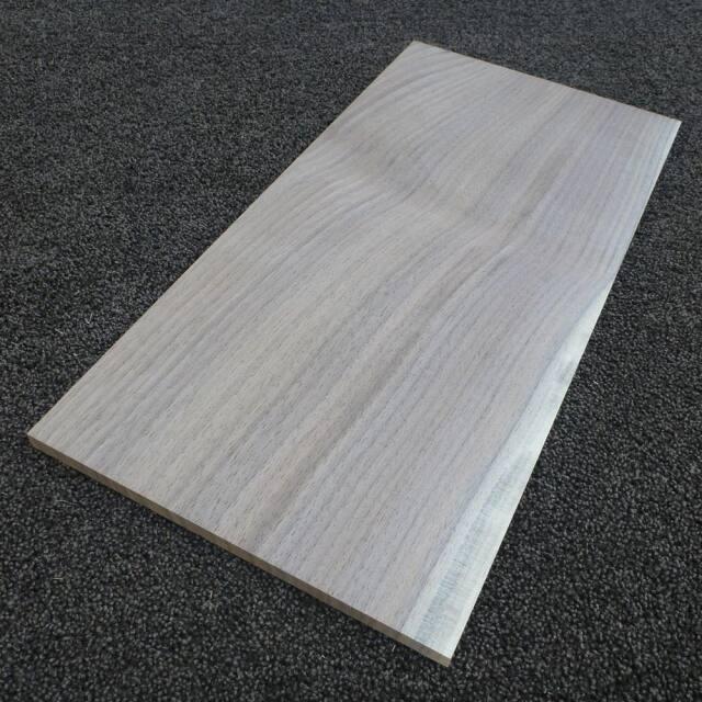 ウオールナット 柾目 450×10×220
