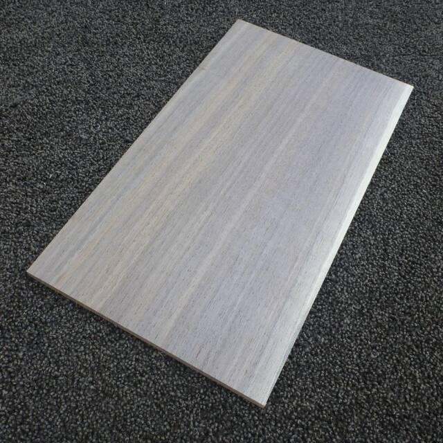 ウオールナット 柾目 300×8×170