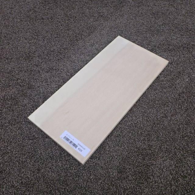 スプルース 柾目 300×8×140