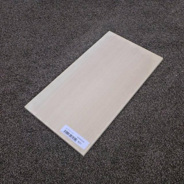スプルース 柾目 300×8×160