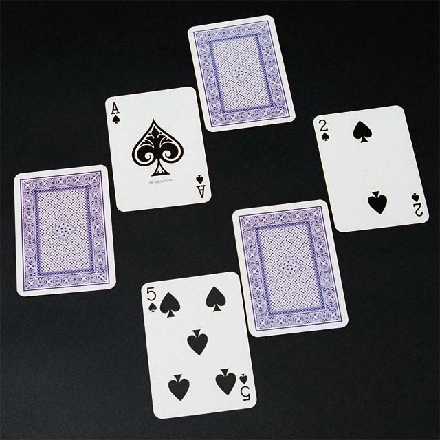C6136 選ぶのは赤いカード