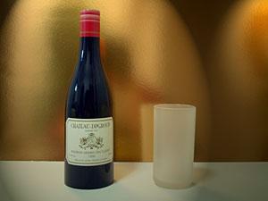 グラスとボトル