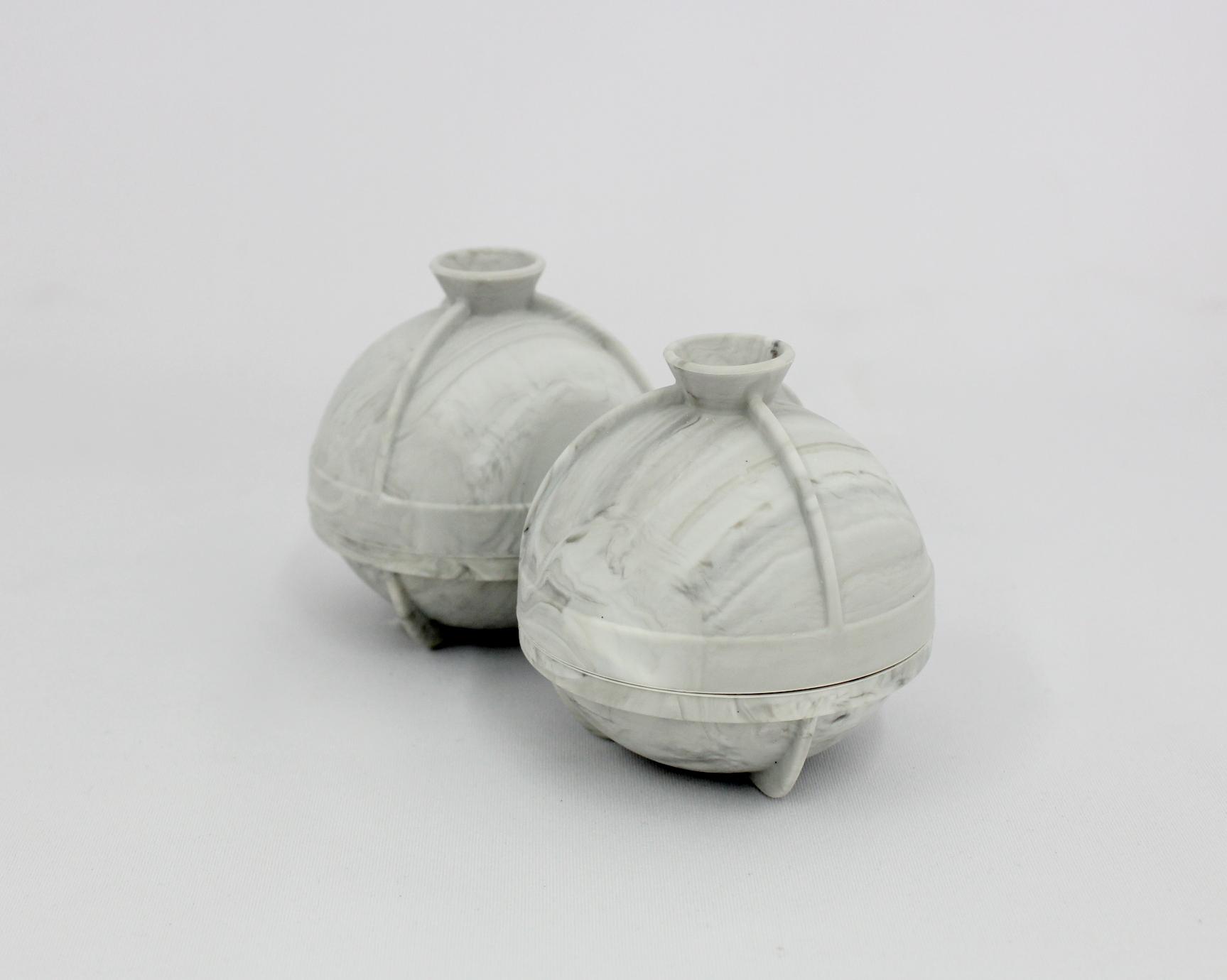 【新製品 アイストレイ】 2 ラージボール