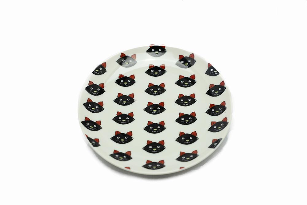 丸皿 / 黒猫整列