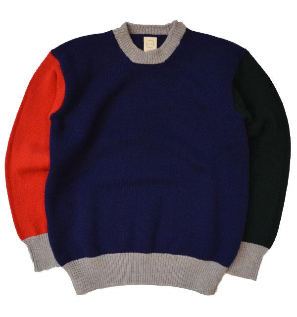 カントリー オブ オリジン 【COUNTRY OF ORIGIN】 クレイジークルーネックセーター TRICOLOR SWEATER NAVY/GREEN/RED