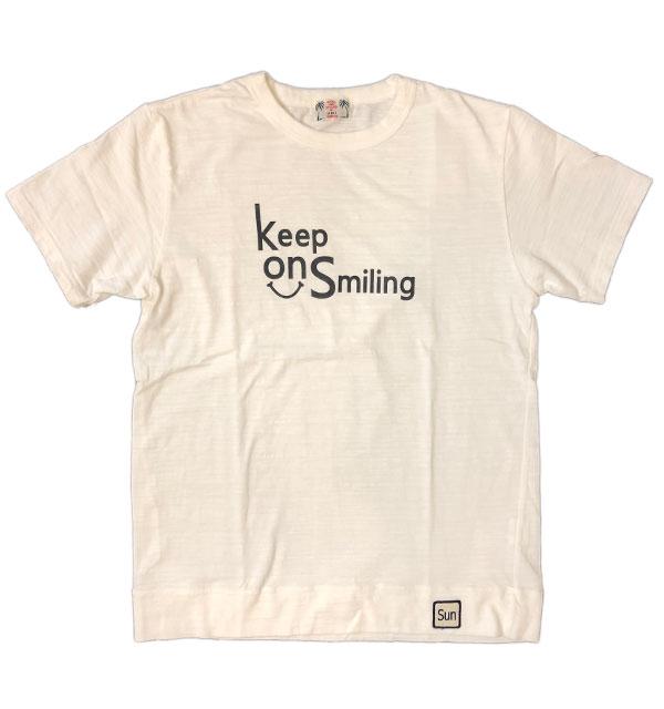 ユーエムアイ サンライズ 【U.M.I SUNRISE】 スラブプリントTシャツ Keep On Smiling WHITE