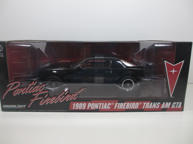 1/18 1989  PONTIAC FIREBIRD TRANS AM  GTA  トランザム 18-177