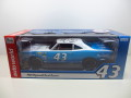 1/18  1968 Road Runner #43 Richard Petty  リチャード・ペティ 18-144
