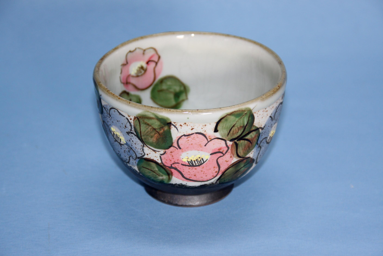 【半谷窯】椿紋茶碗 赤