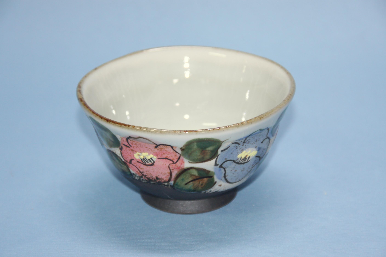 【半谷窯】椿紋茶碗 白