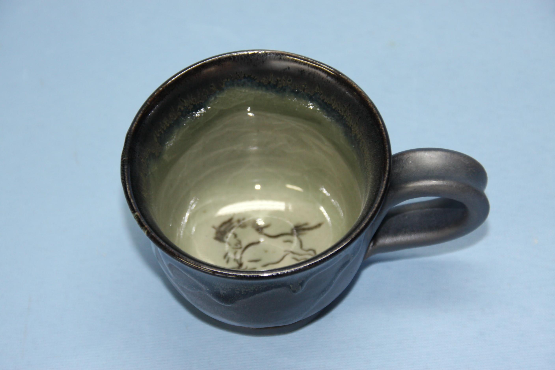 【半谷窯】黒袖マグカップ
