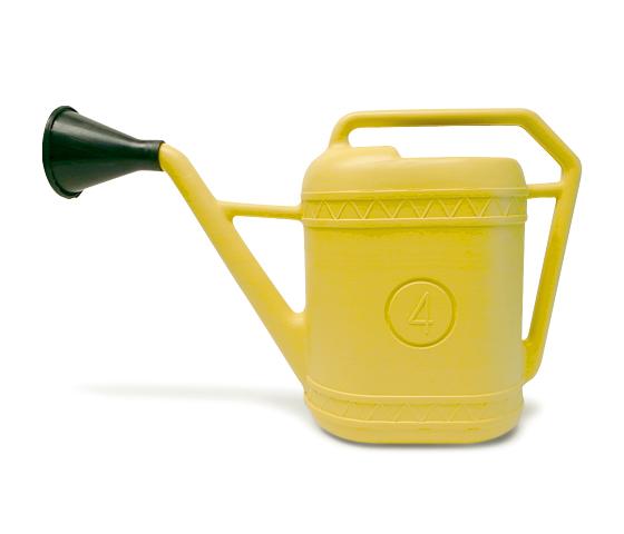 【 Italian plastic watering can 】プラスチック製 ジョウロ 【4 リットル】 Made in Italy