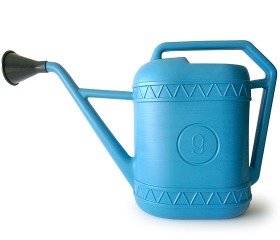 【 Italian plastic watering can 】プラスチック製 ジョウロ 【 9 リットル】 Made in Italy